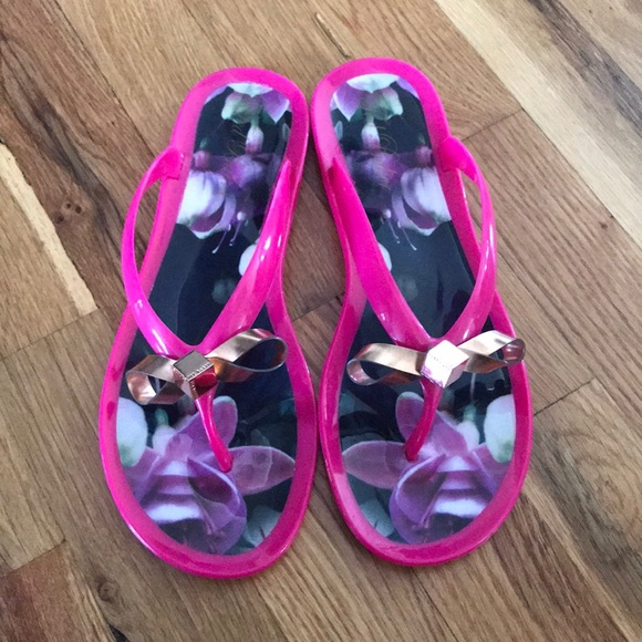 18905a6adbcd7 Ted Baker Jelly Sandals. M 5b68ab992830951199af5367